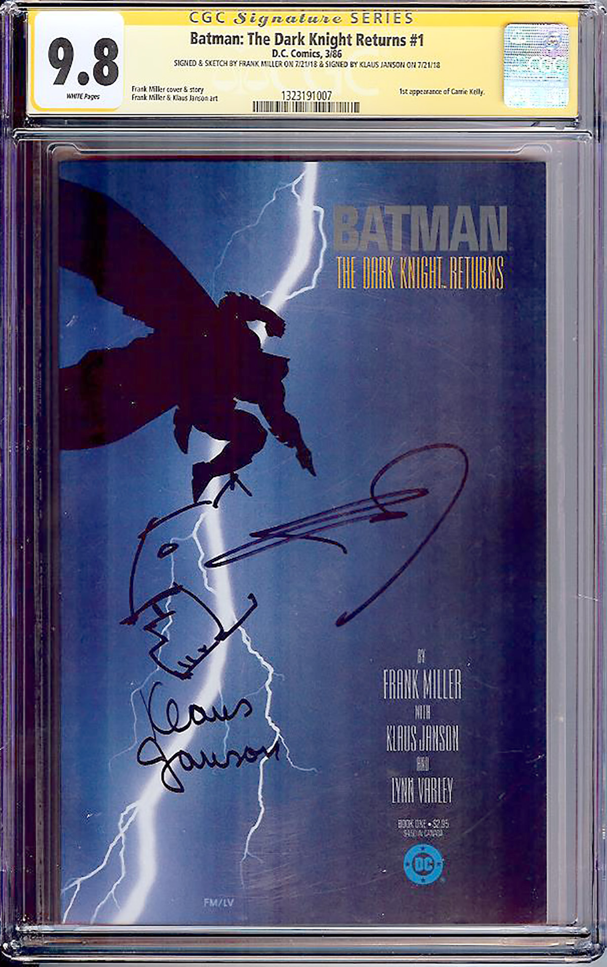 Batman: The Dark Knight Returns #1 CGC 9.8 w CGC Signature SERIES