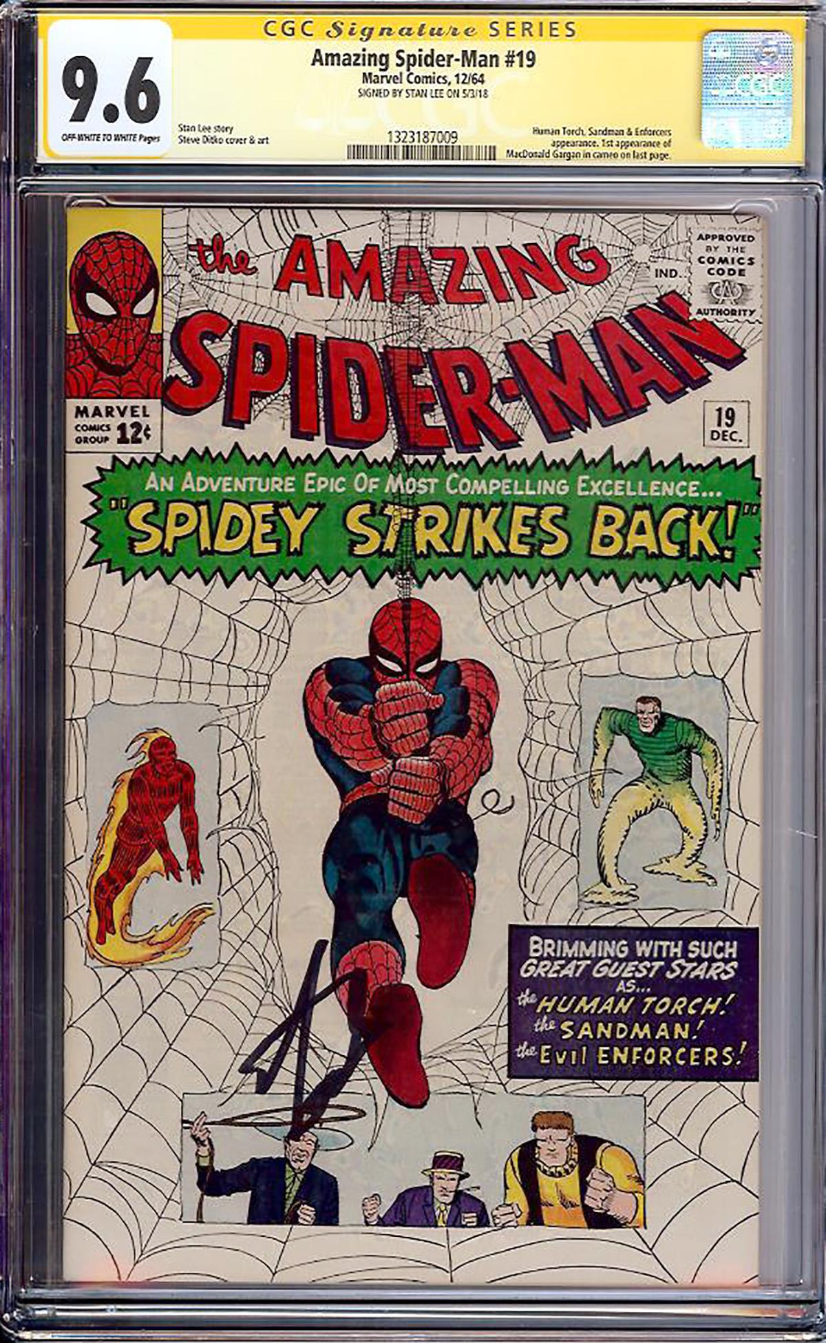 Amazing Spider-Man #19 CGC 9.6 ow/w CGC Signature SERIES